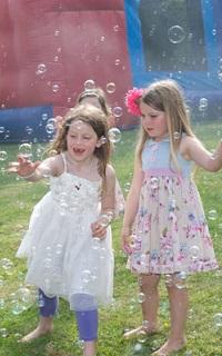 masina baloane sapun valsul mirilor nunta bucuresti