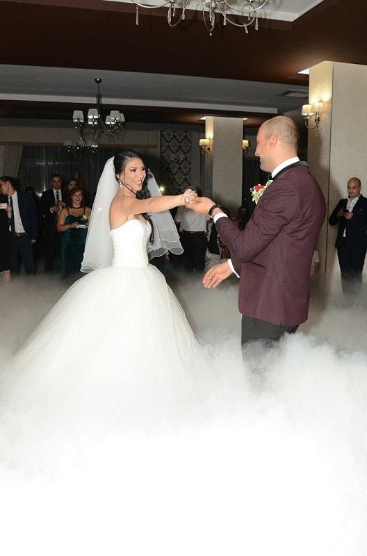 fum greu nunta cu gheata carbonica