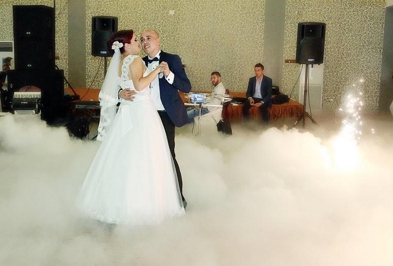 fum greu dansul mirilor nunta