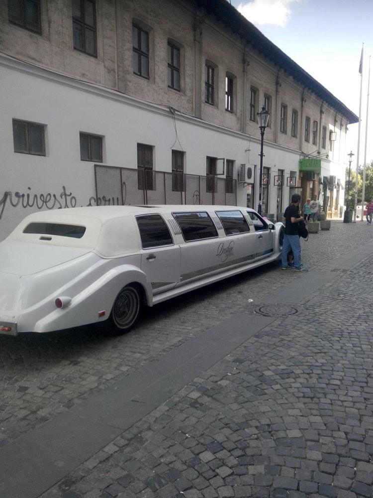 limuzina exkalibur bucuresti
