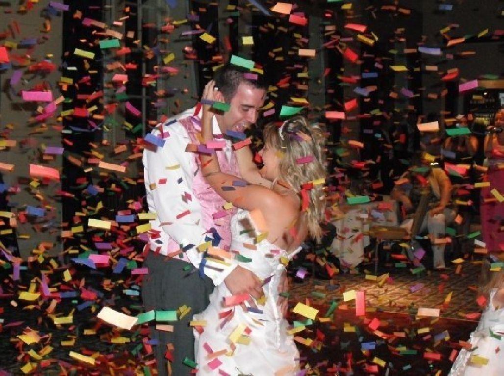 tun confetti nunta