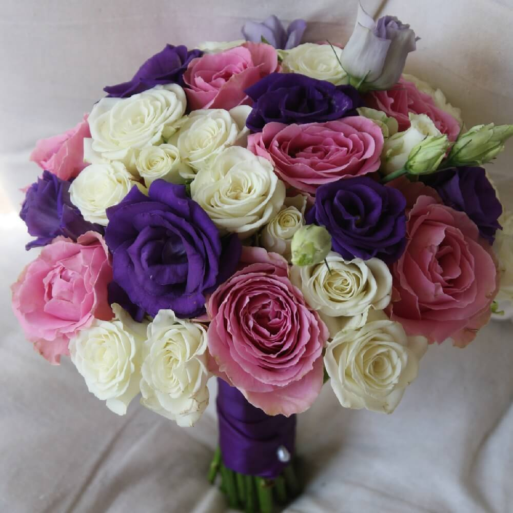 buchete de mireasa trandafiri
