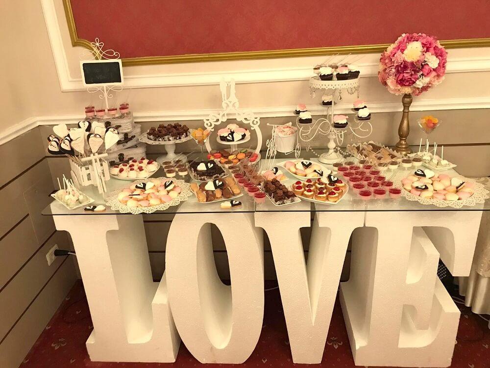 candy bar nunta masa litere